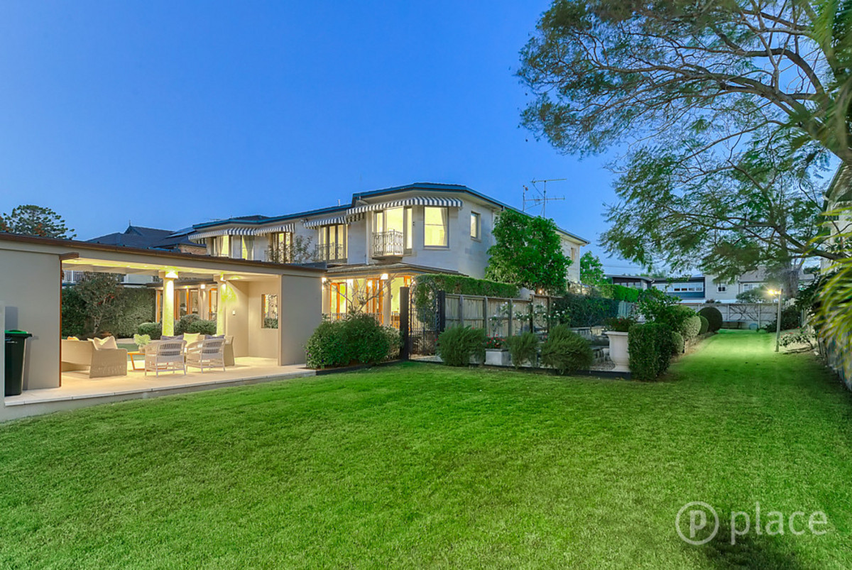 95-99 McConnell Street BULIMBA