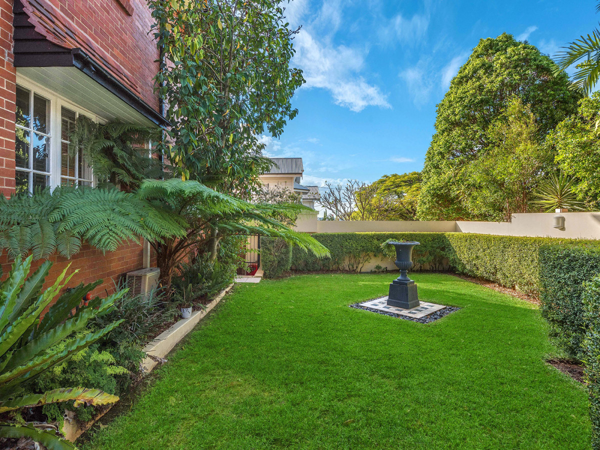 10 Liverpool Road CLAYFIELD
