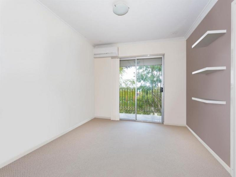 16/1045 Albany Highway ST JAMES
