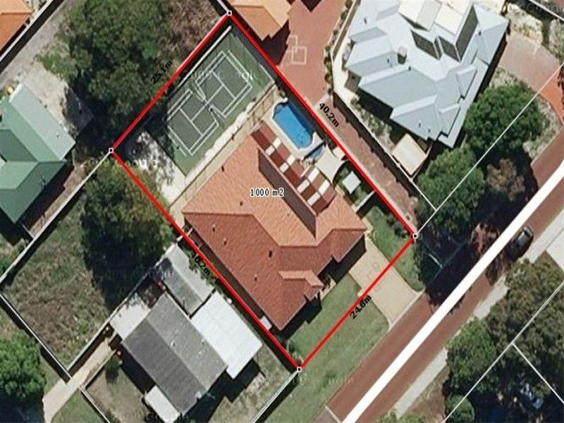 5 Field Avenue REDCLIFFE