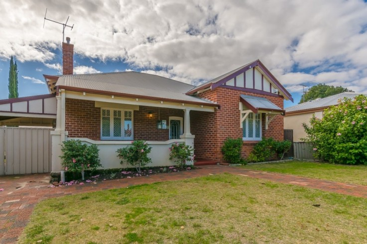 12 Staines Street,