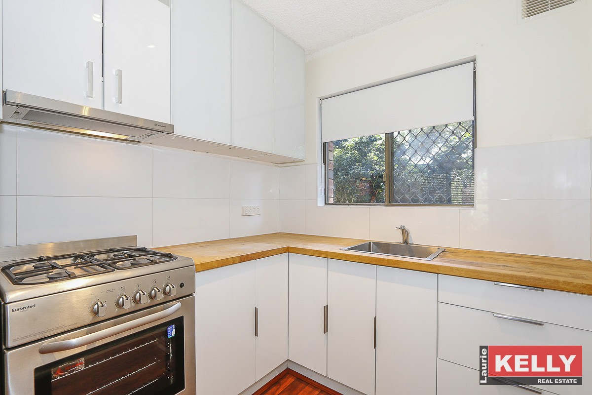 4/13 Storthes Street MOUNT LAWLEY