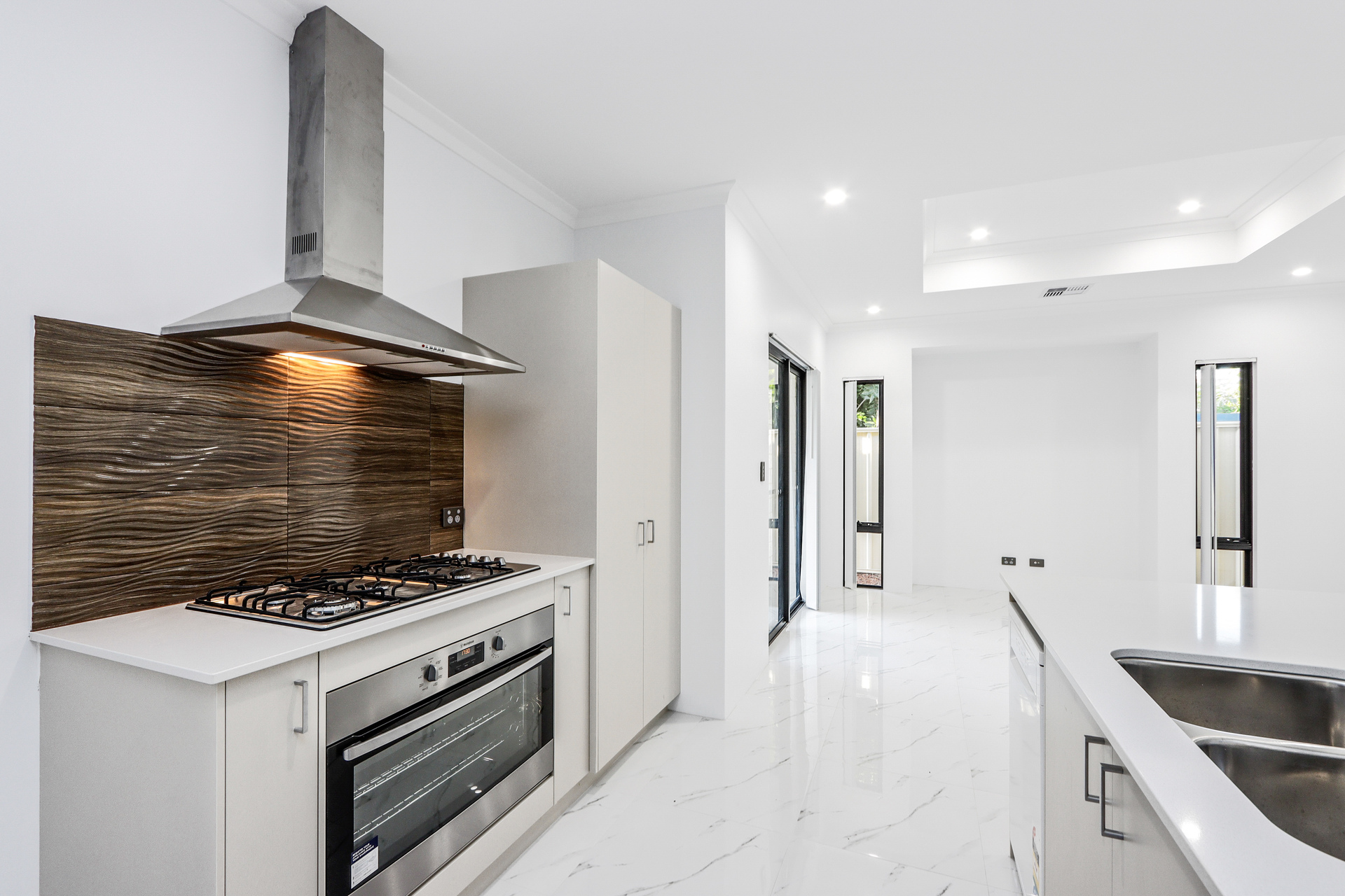2/180 William Street Beckenham