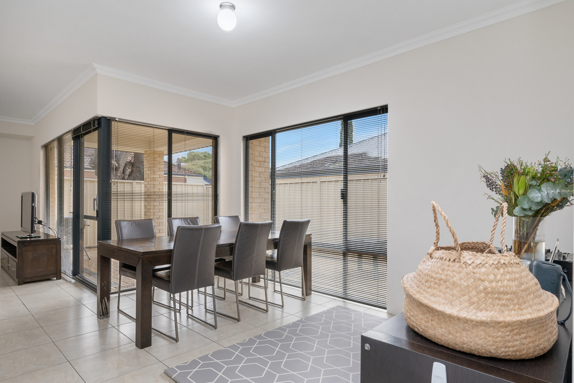 2/61 Campbell Street Rivervale
