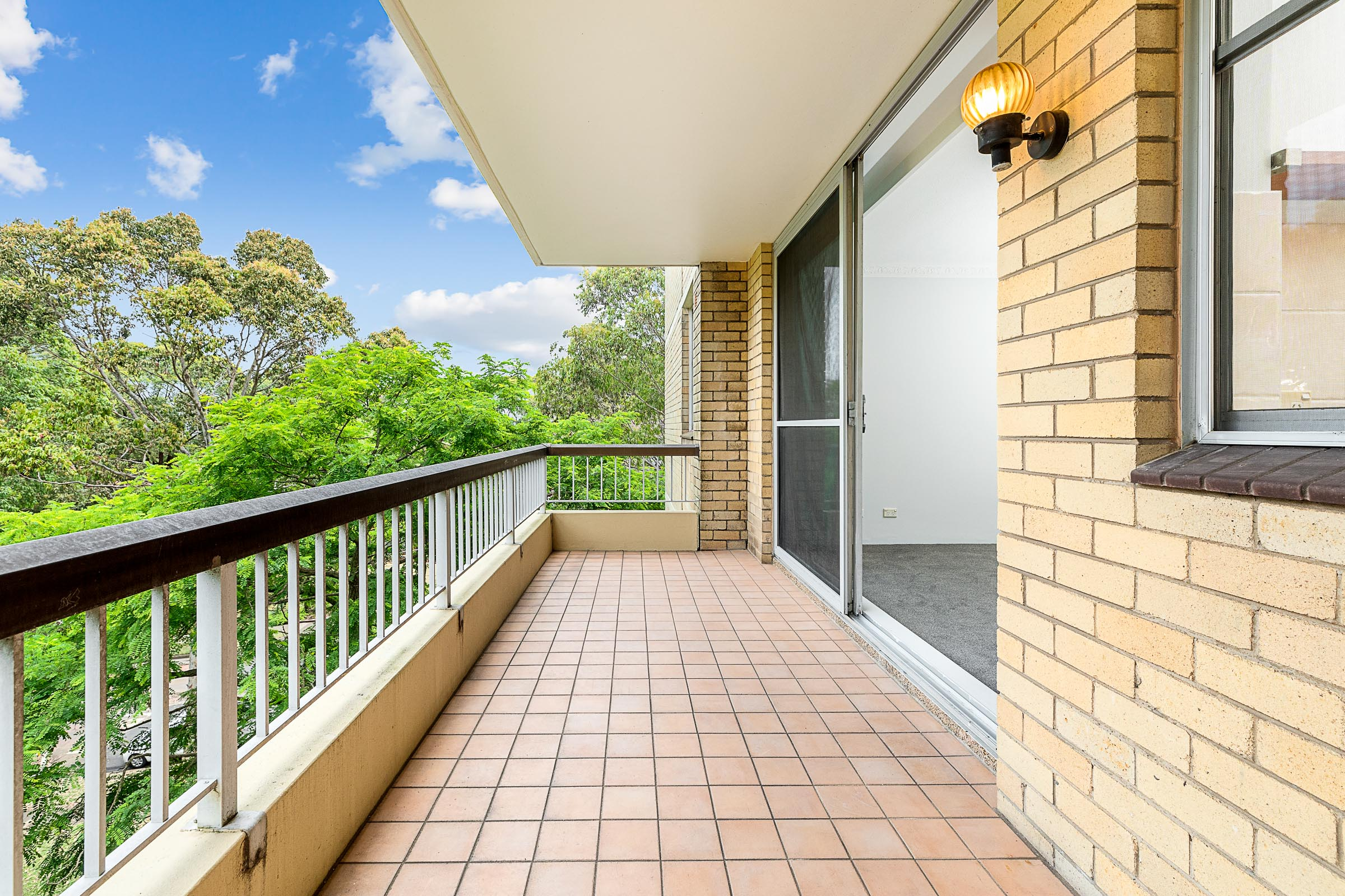 401/8 Broughton Road ARTARMON