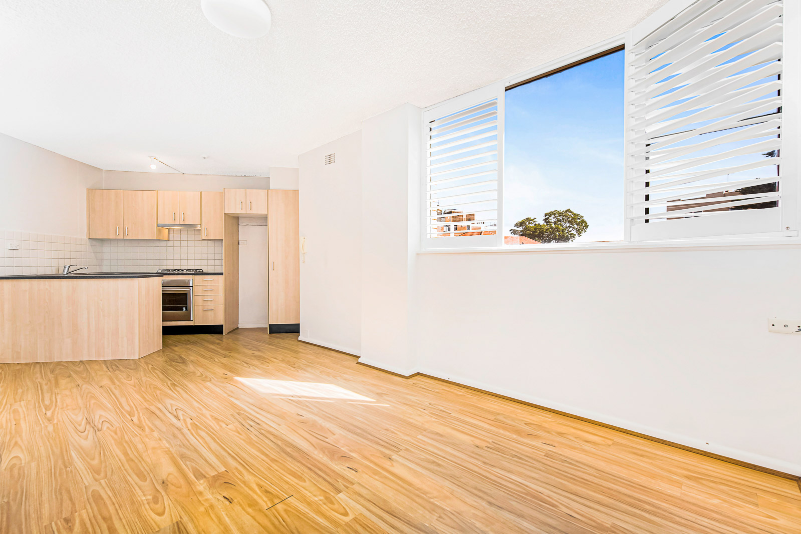45/21 East Crescent Street MCMAHONS POINT