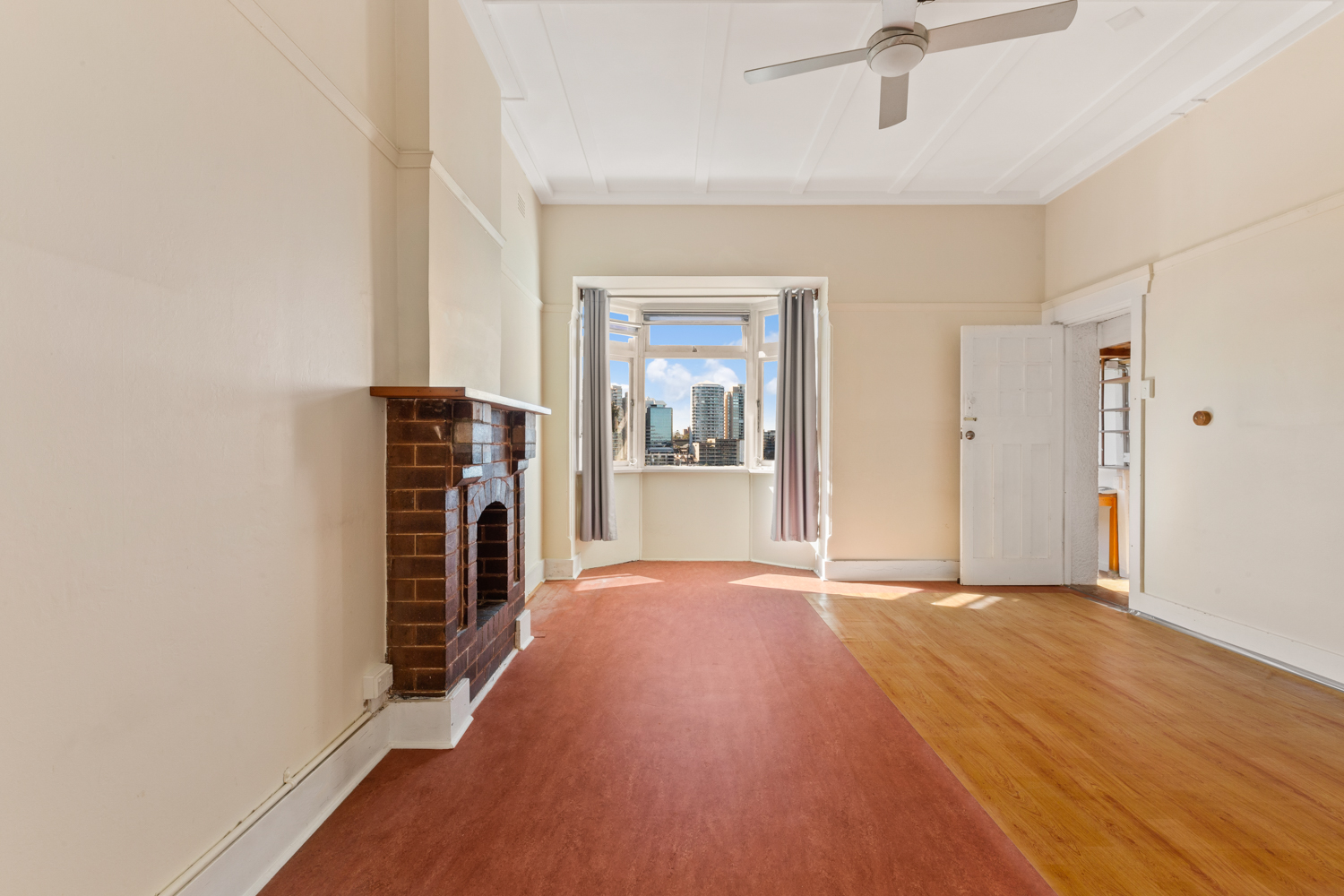 5/26 East Crescent Street MCMAHONS POINT