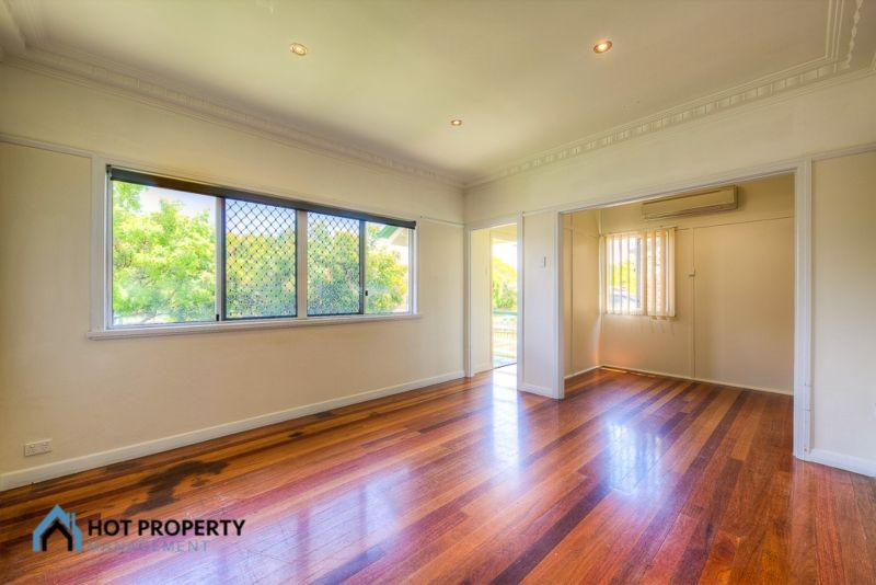 15 Chesterfield Street WAVELL HEIGHTS