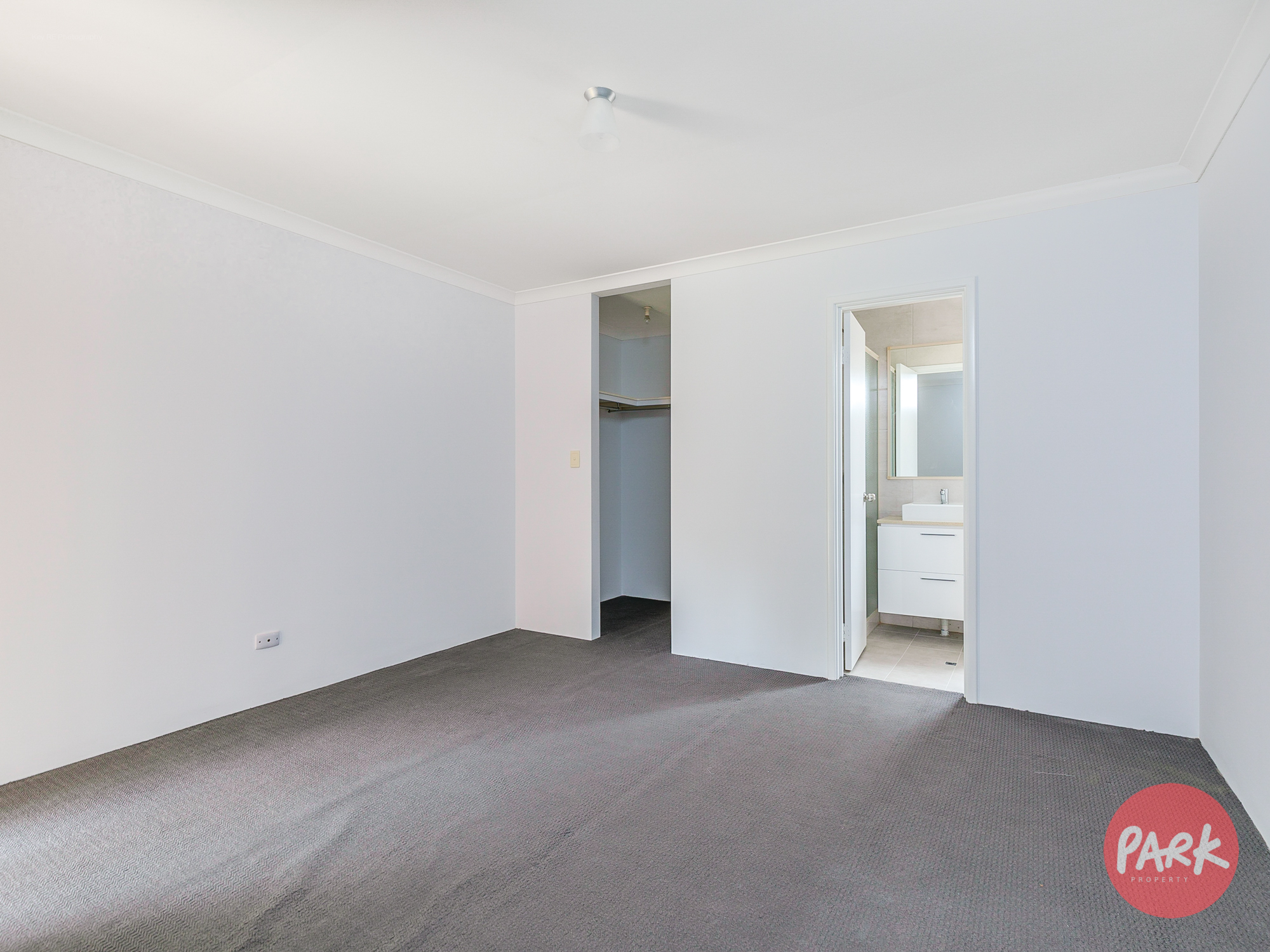 2/48 Fitzroy Road RIVERVALE