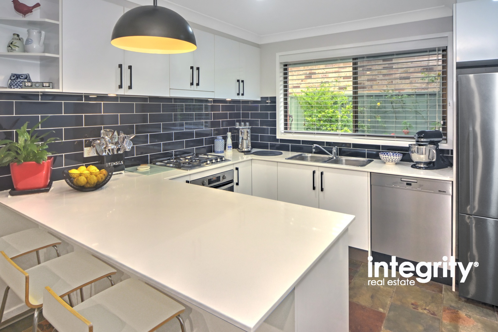 5 Romar Close BOMADERRY