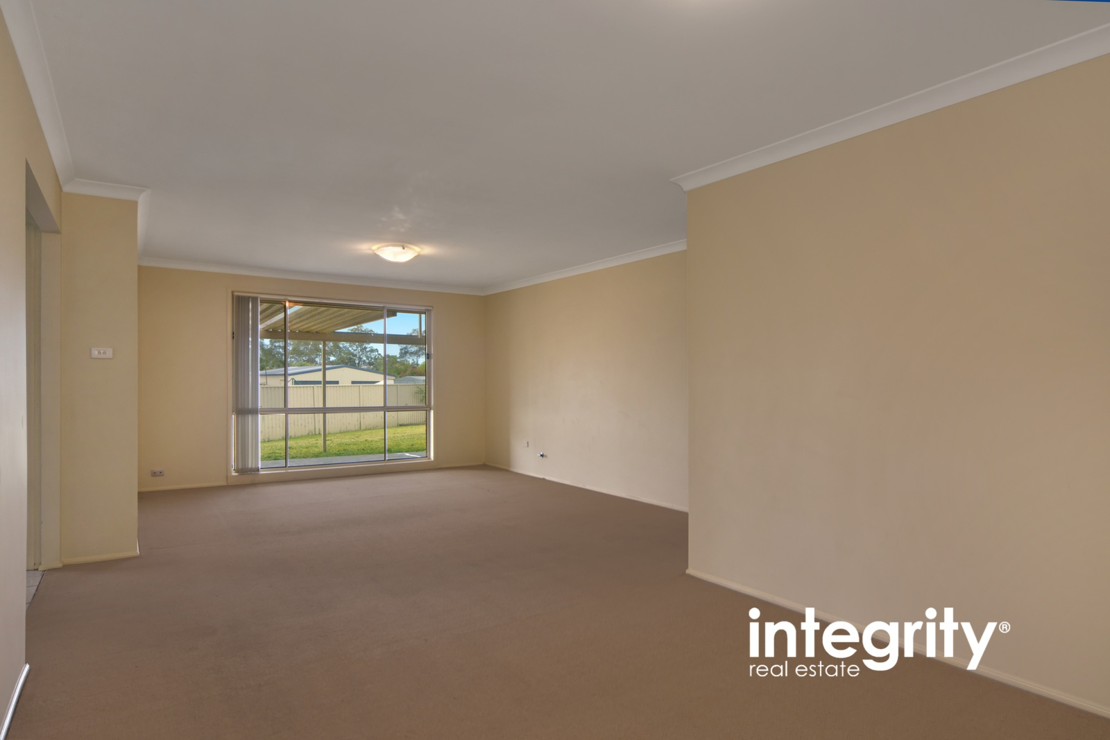 6 Karool Close NOWRA