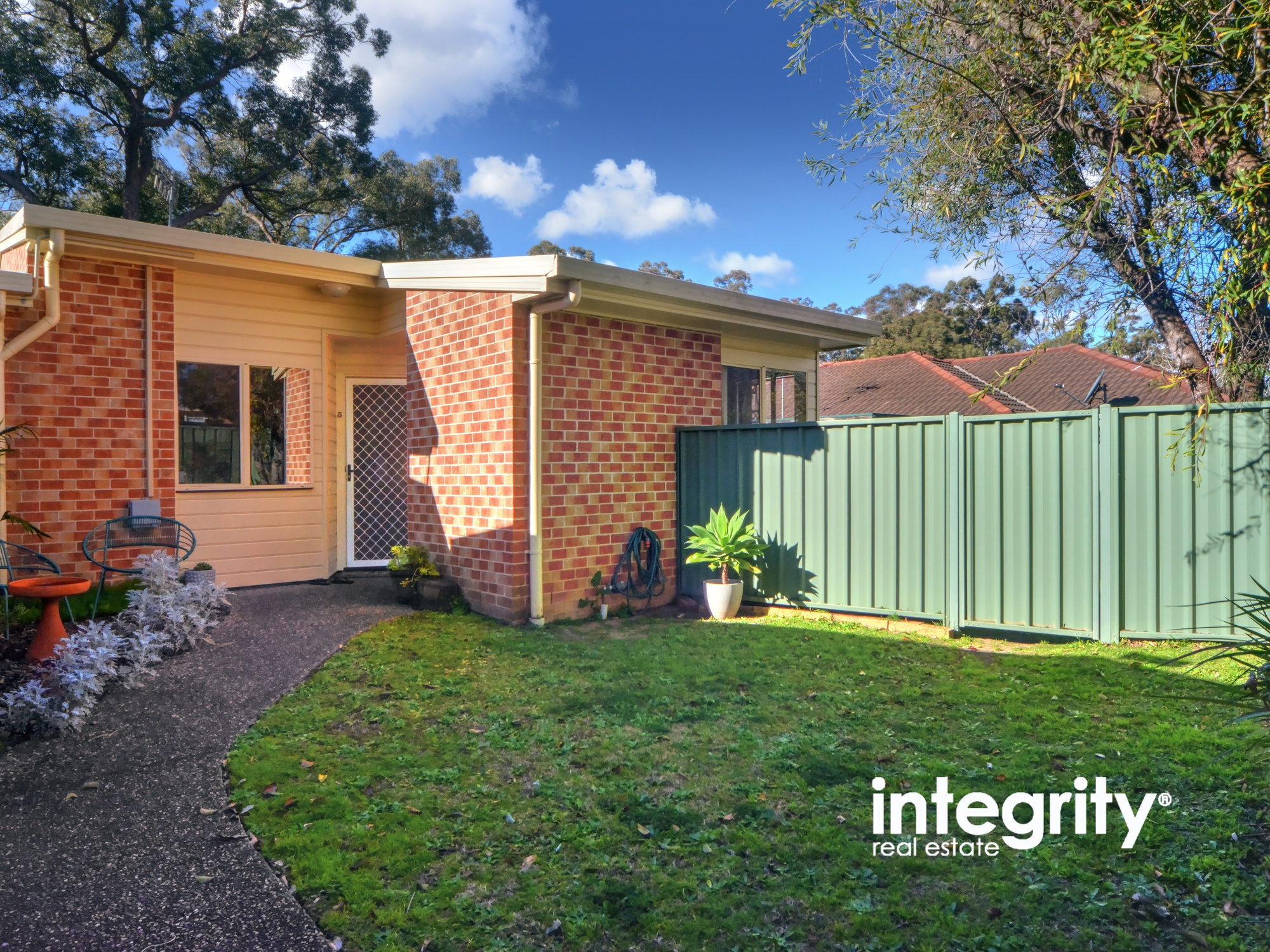 5/3 Ettrick Close BOMADERRY