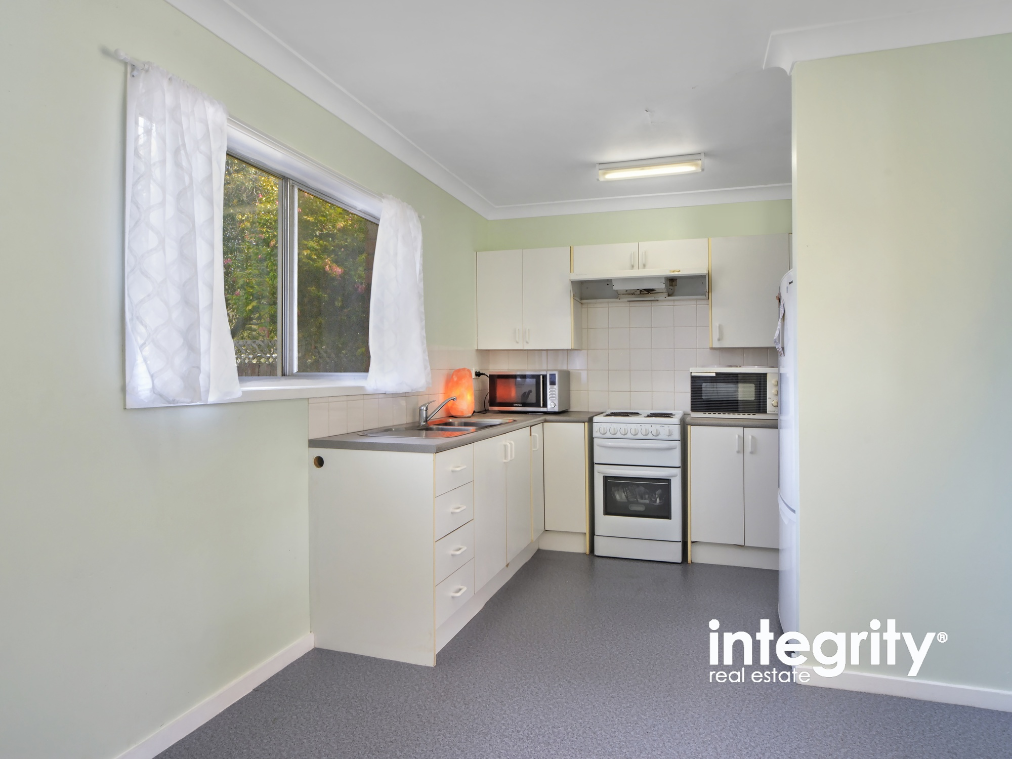 2 Turley Avenue BOMADERRY