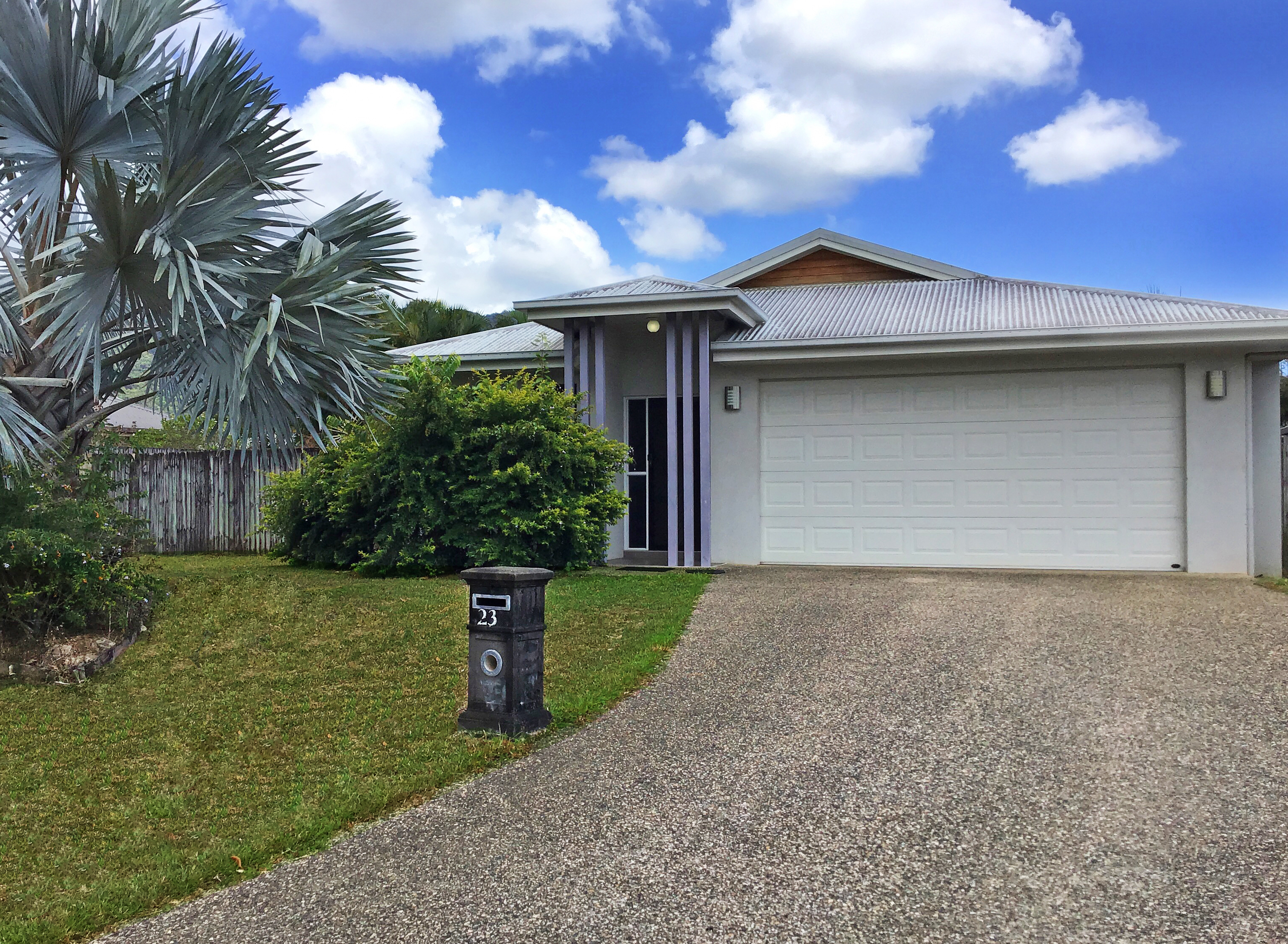 23 Timberlea Drive East BENTLEY PARK