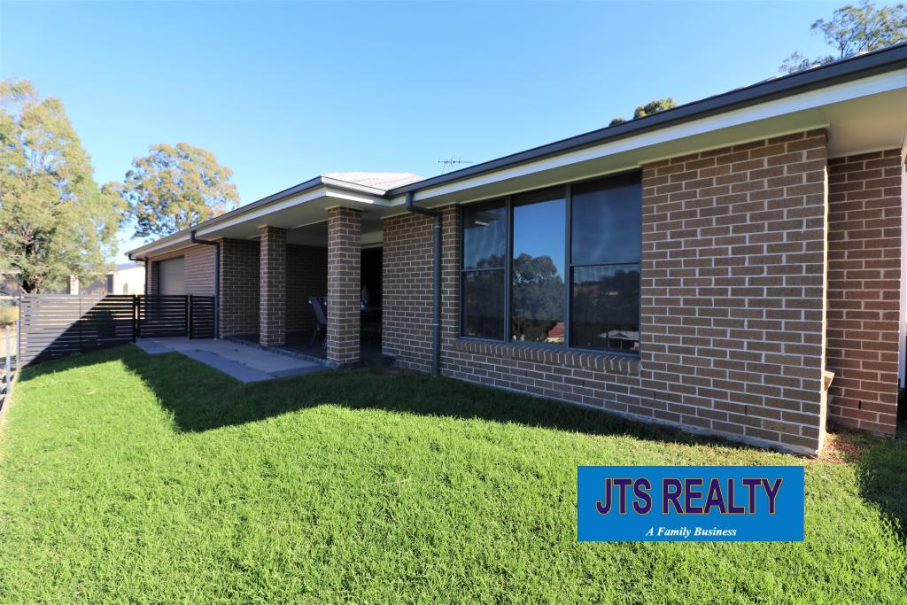 17 Lou Fisher Place Muswellbrook