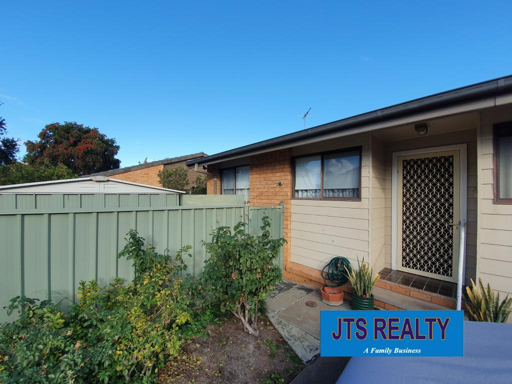 8/93 Brook Street Muswellbrook