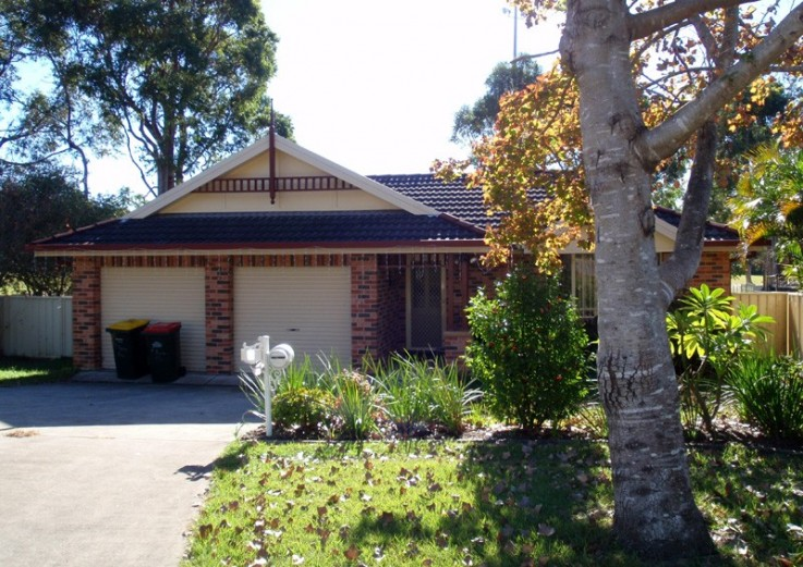 4 Agonis Place