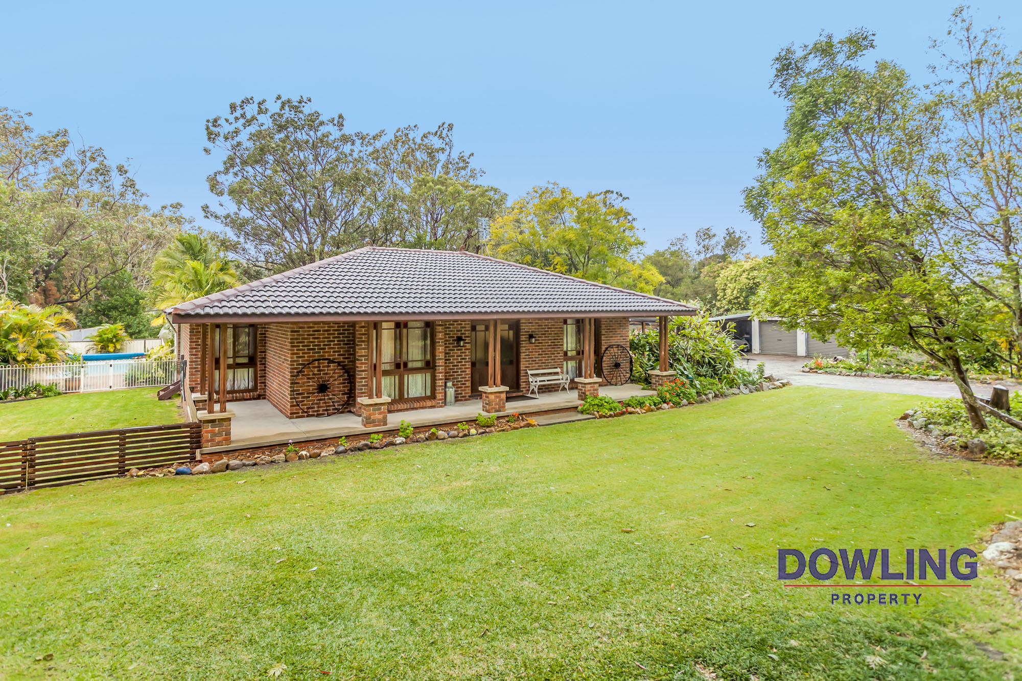 18 FAIRLANDS ROAD MEDOWIE