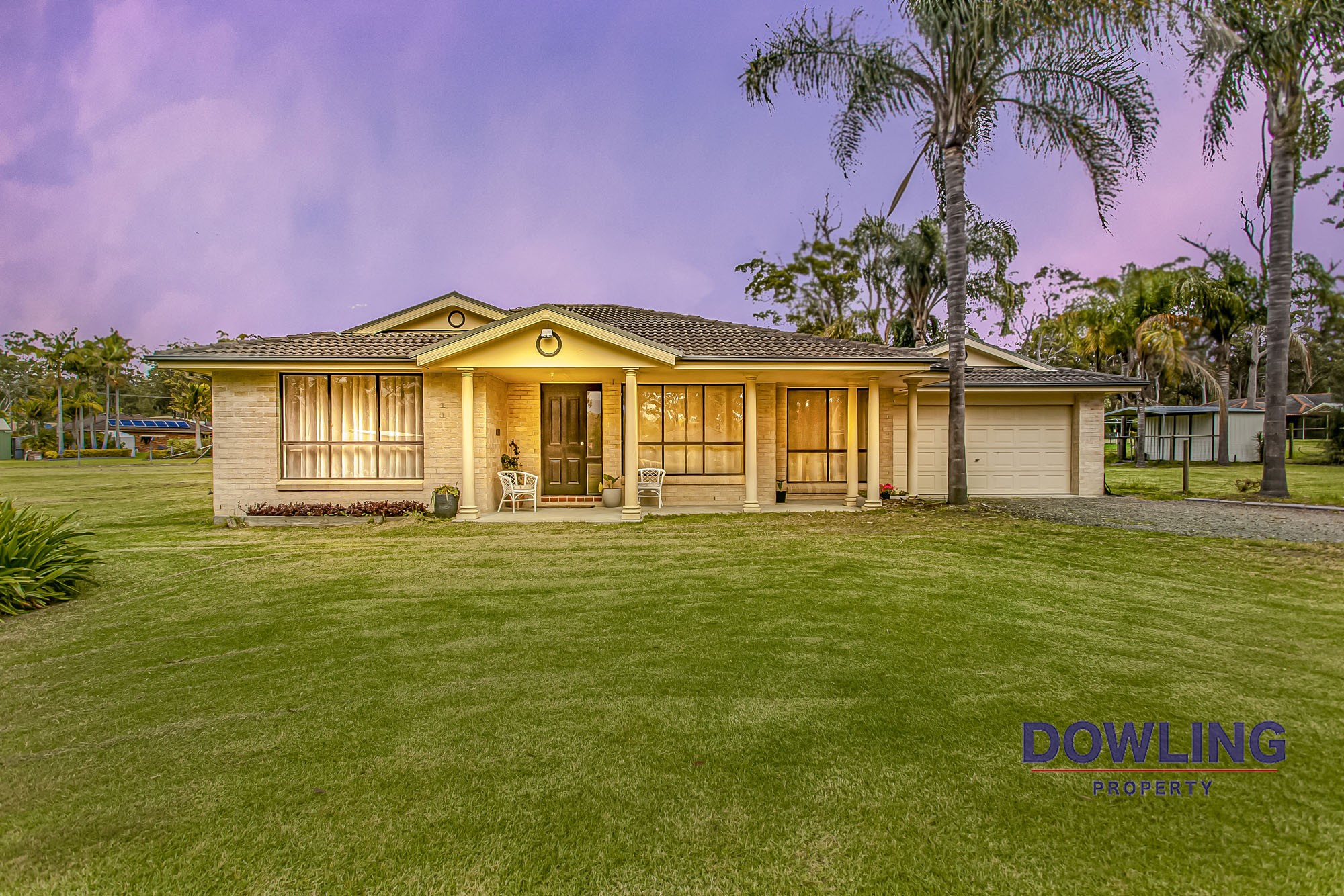 16 COUNTY CLOSE MEDOWIE