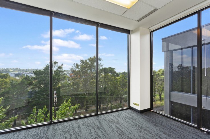 Suite 330/17-25 Milton Parade
