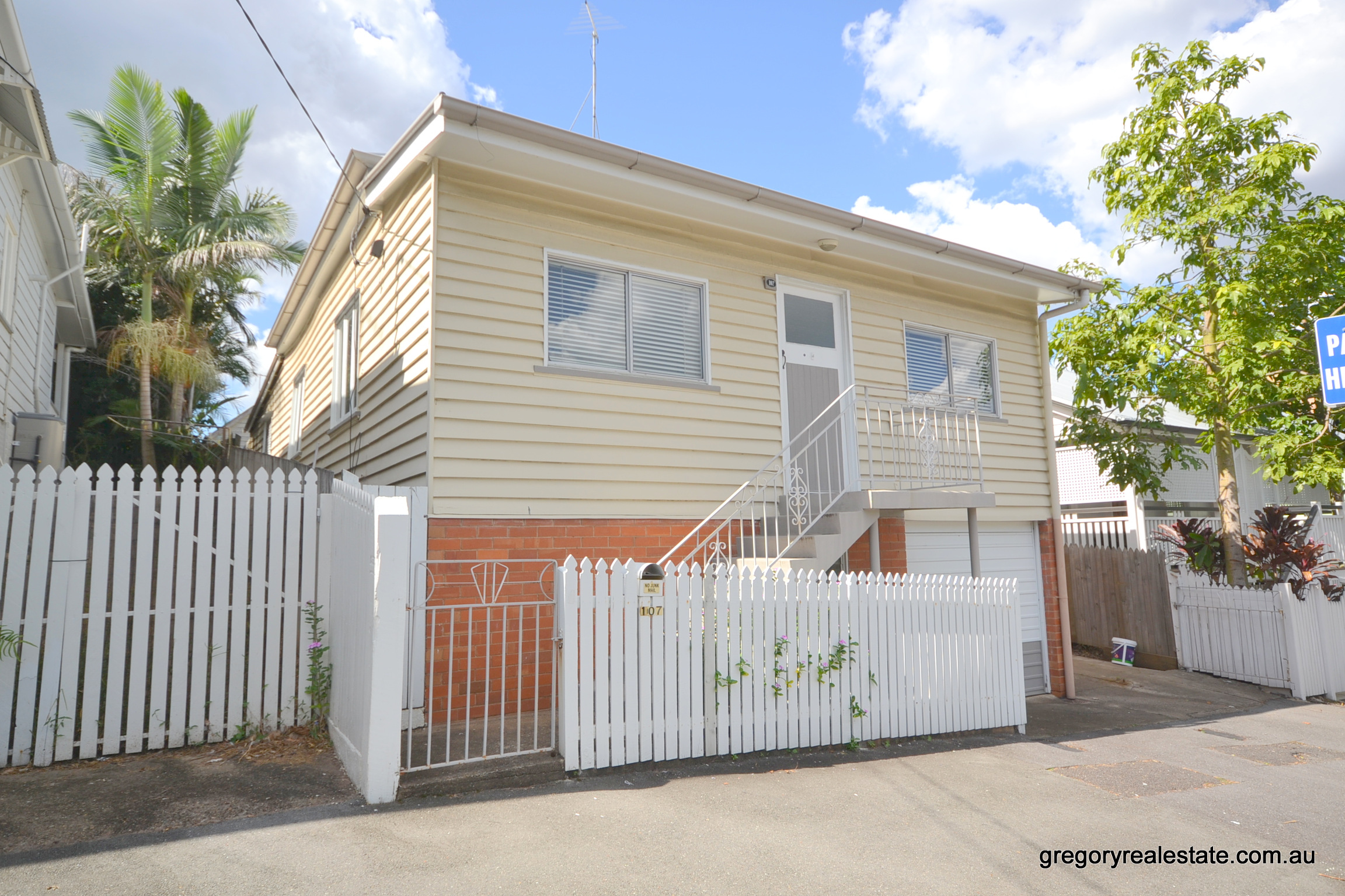 107 Rogers Street SPRING HILL