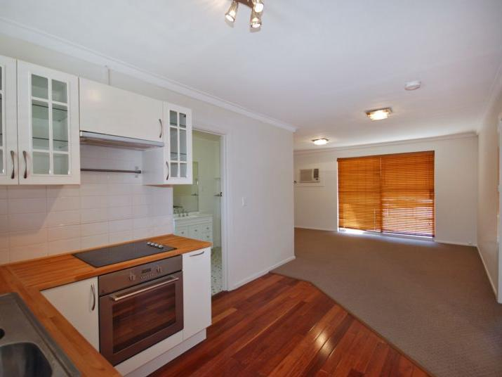 11/413 Canning Highway