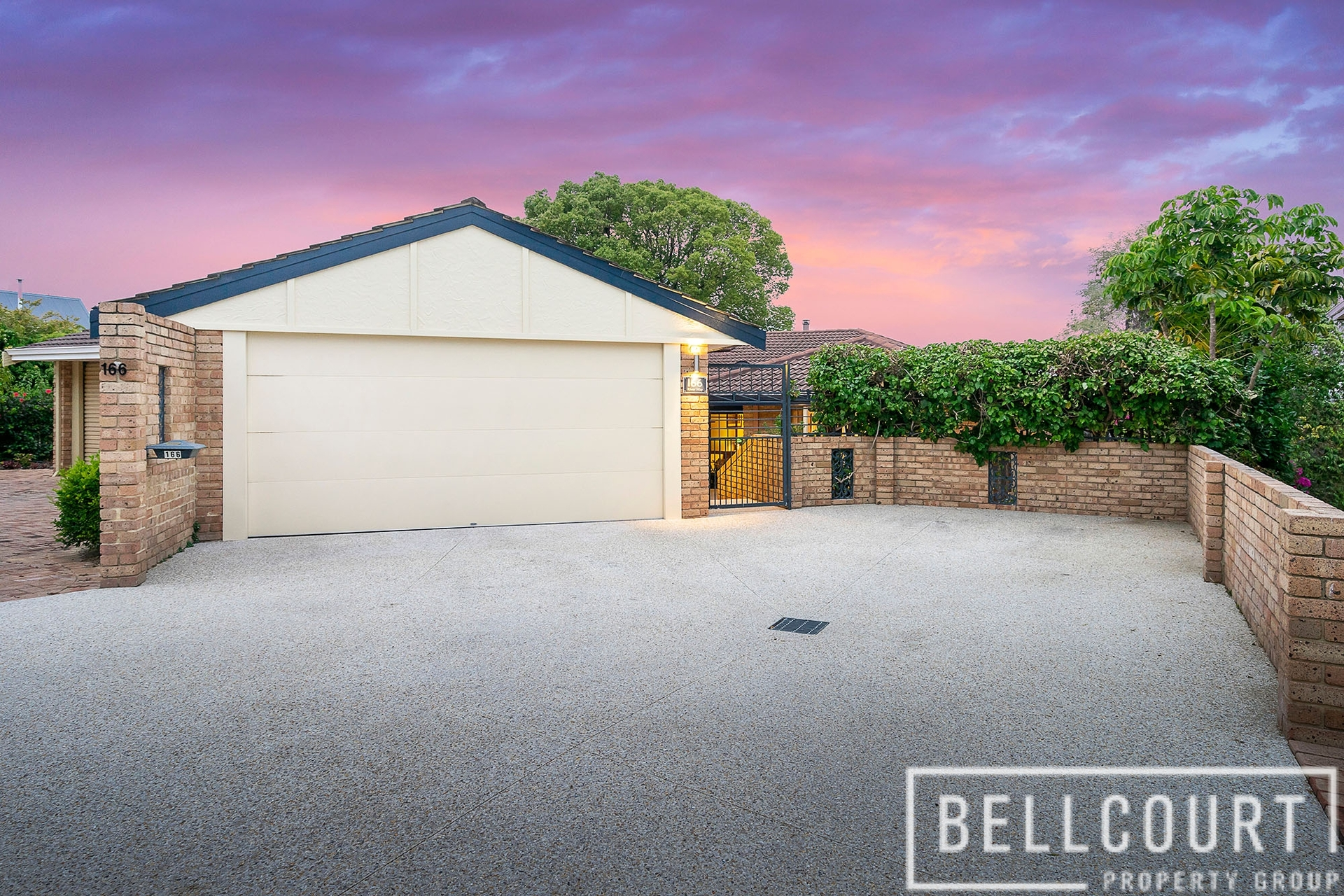 166 River Way Salter Point