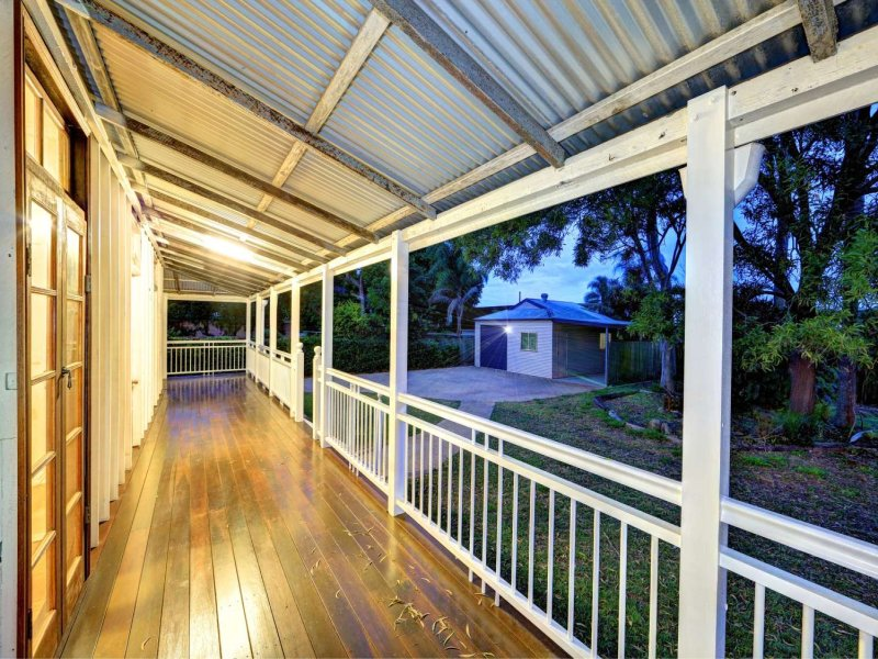 1 Sims Road AVENELL HEIGHTS