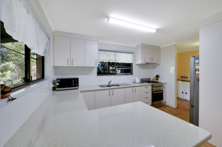 2 Currawong Road