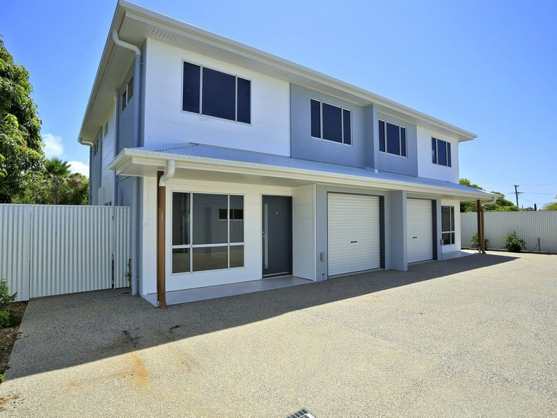 2/11 Holland Street... BARGARA