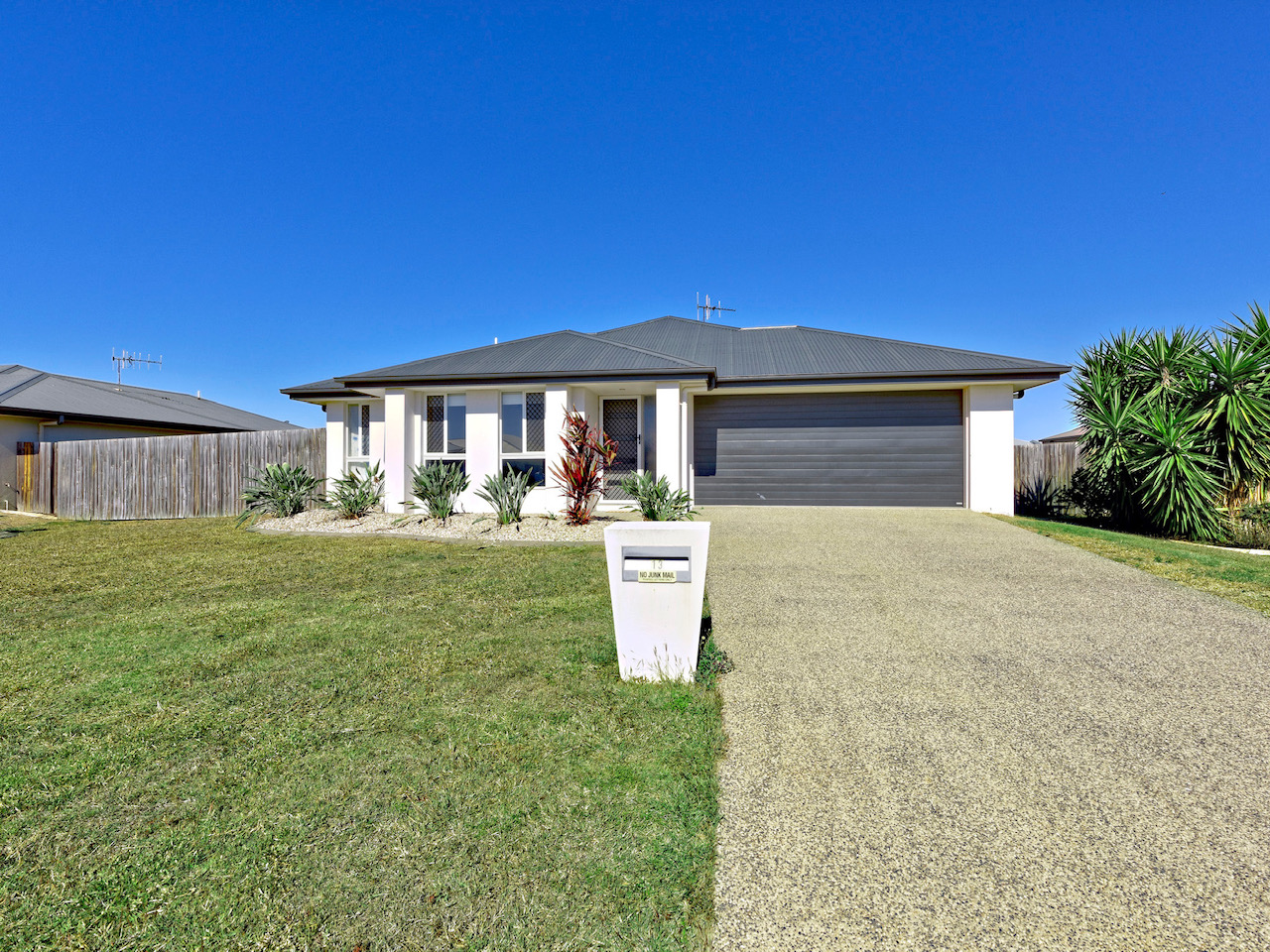 13 Chantilly Street BARGARA