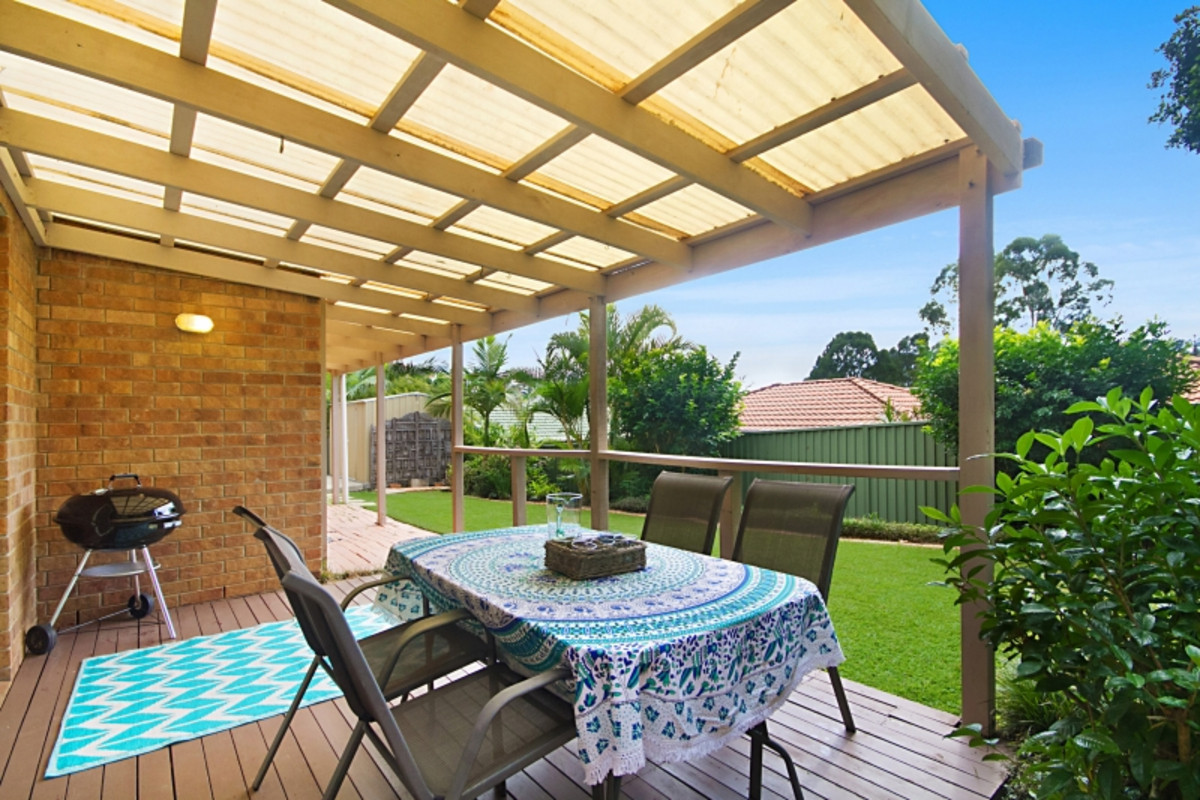 2/2 Helena Place Banora Point
