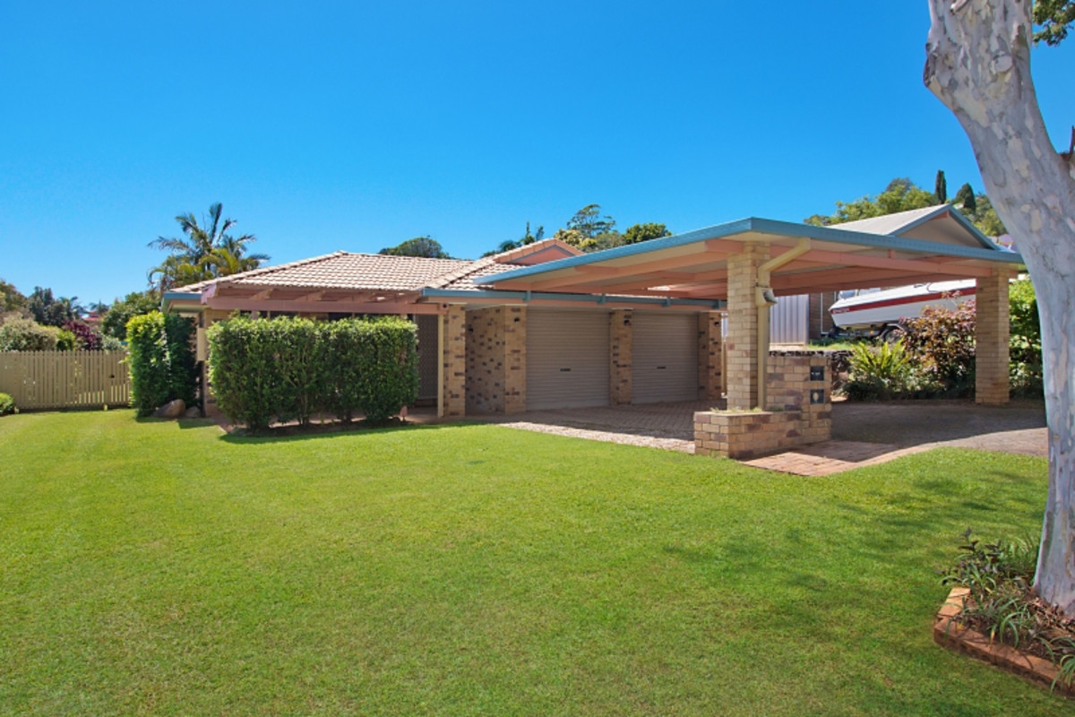 9 Kintyre Crescent Banora Point