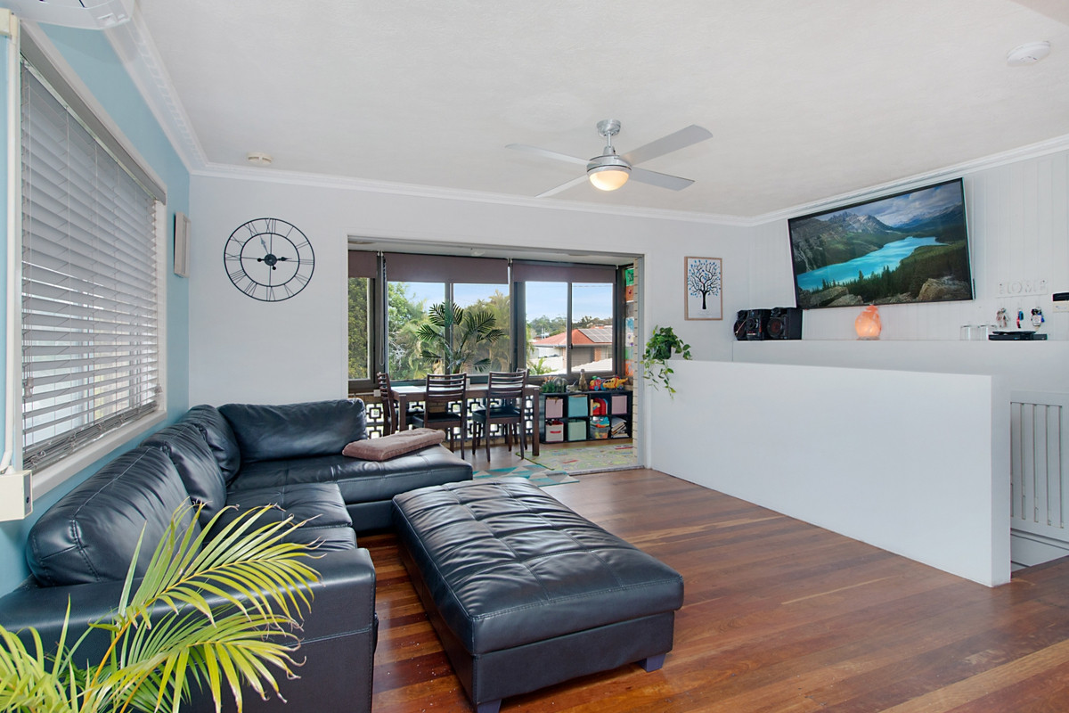 5 Blue Waters Crescent Tweed Heads West