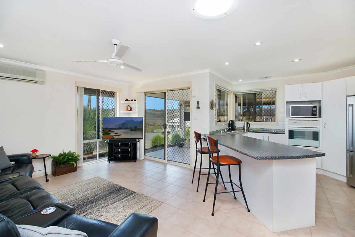 41 Champagne Drive Tweed Heads South
