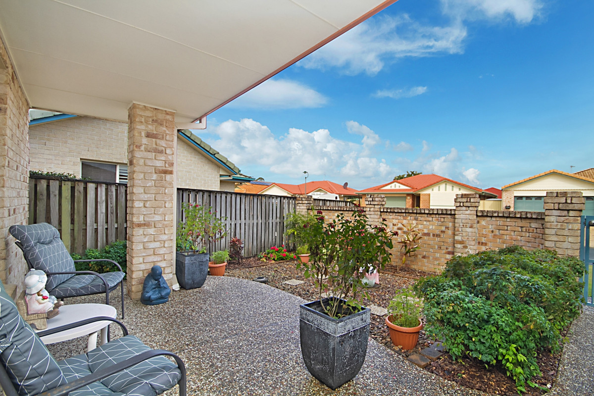 7 Narara Crescent Banora Point