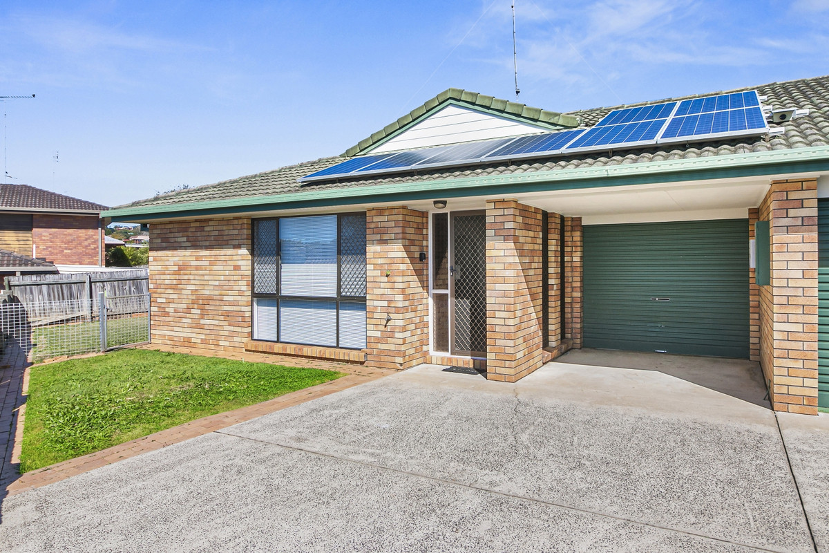 2/2 Sycamore Court Banora Point