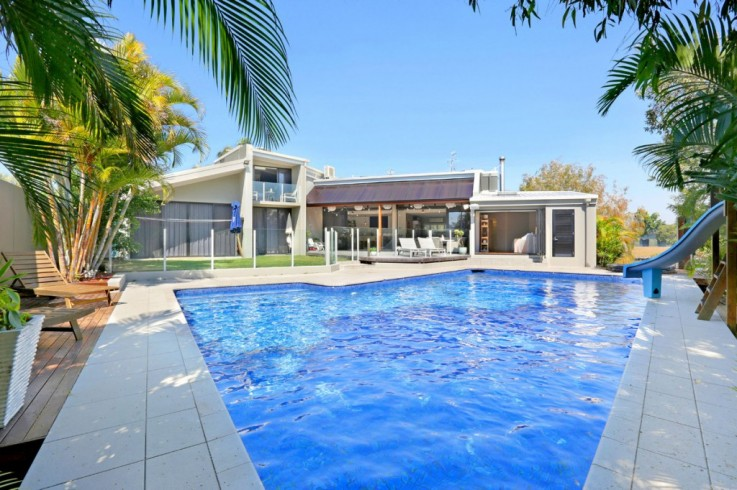41 Crystal Waters Drive