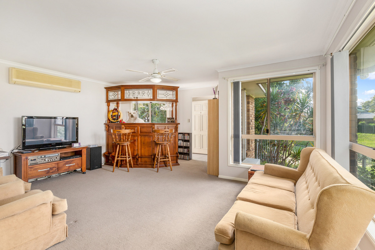 2/32 Birkdale Court Banora Point