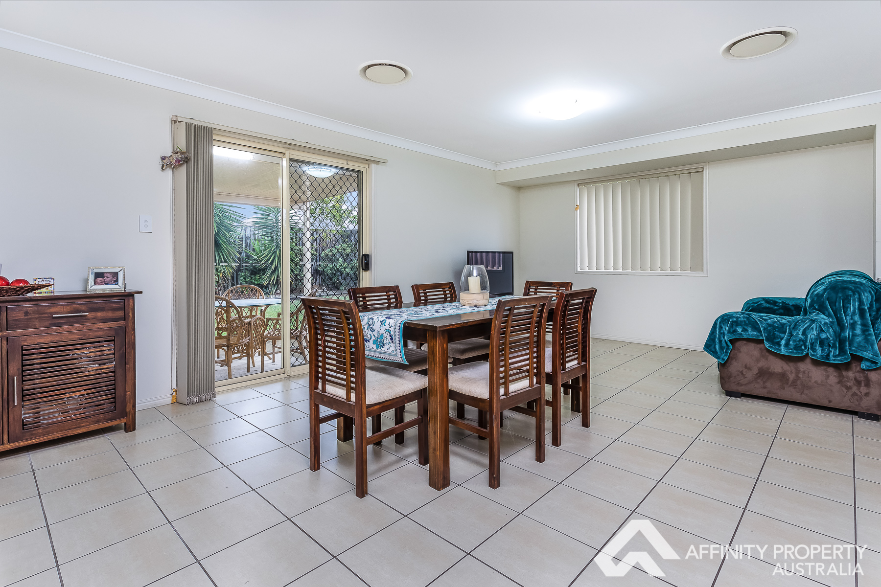 54-56 Meadowview Drive MORAYFIELD