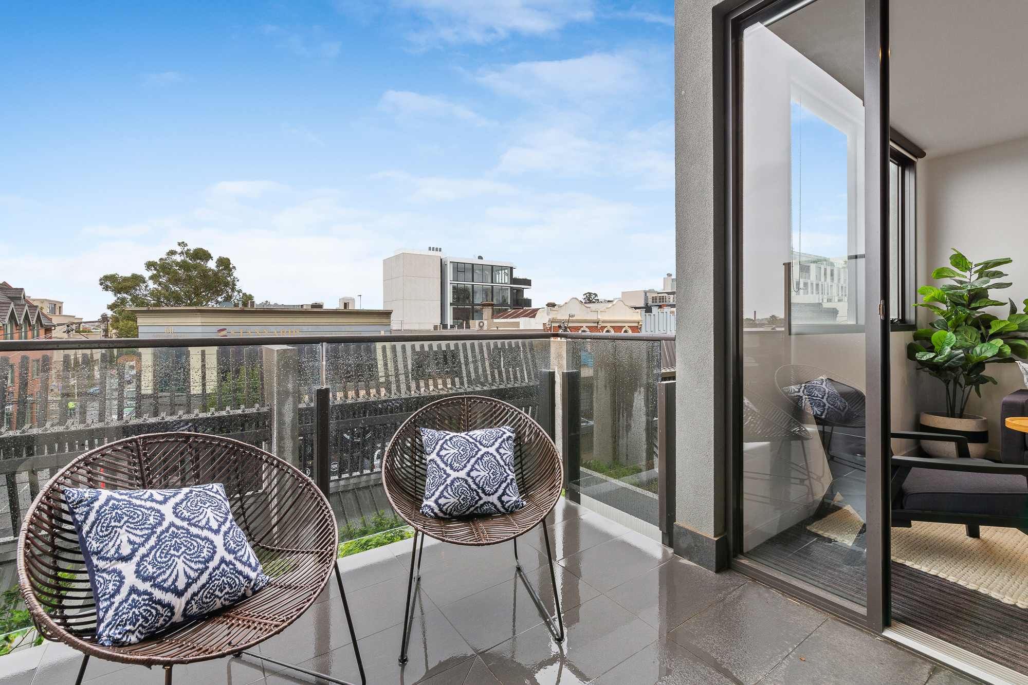 206/57 Toorak Road SOUTH YARRA