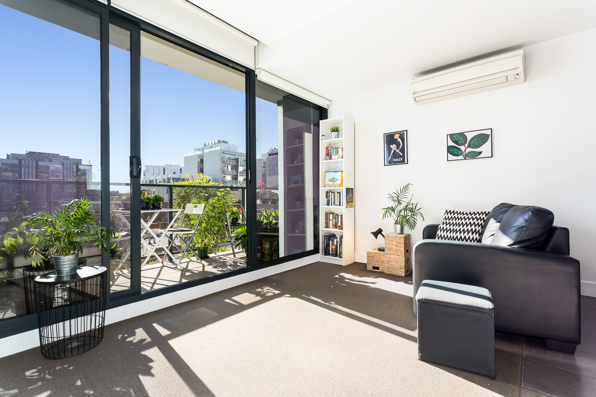 201/32 Bray St SOUTH YARRA