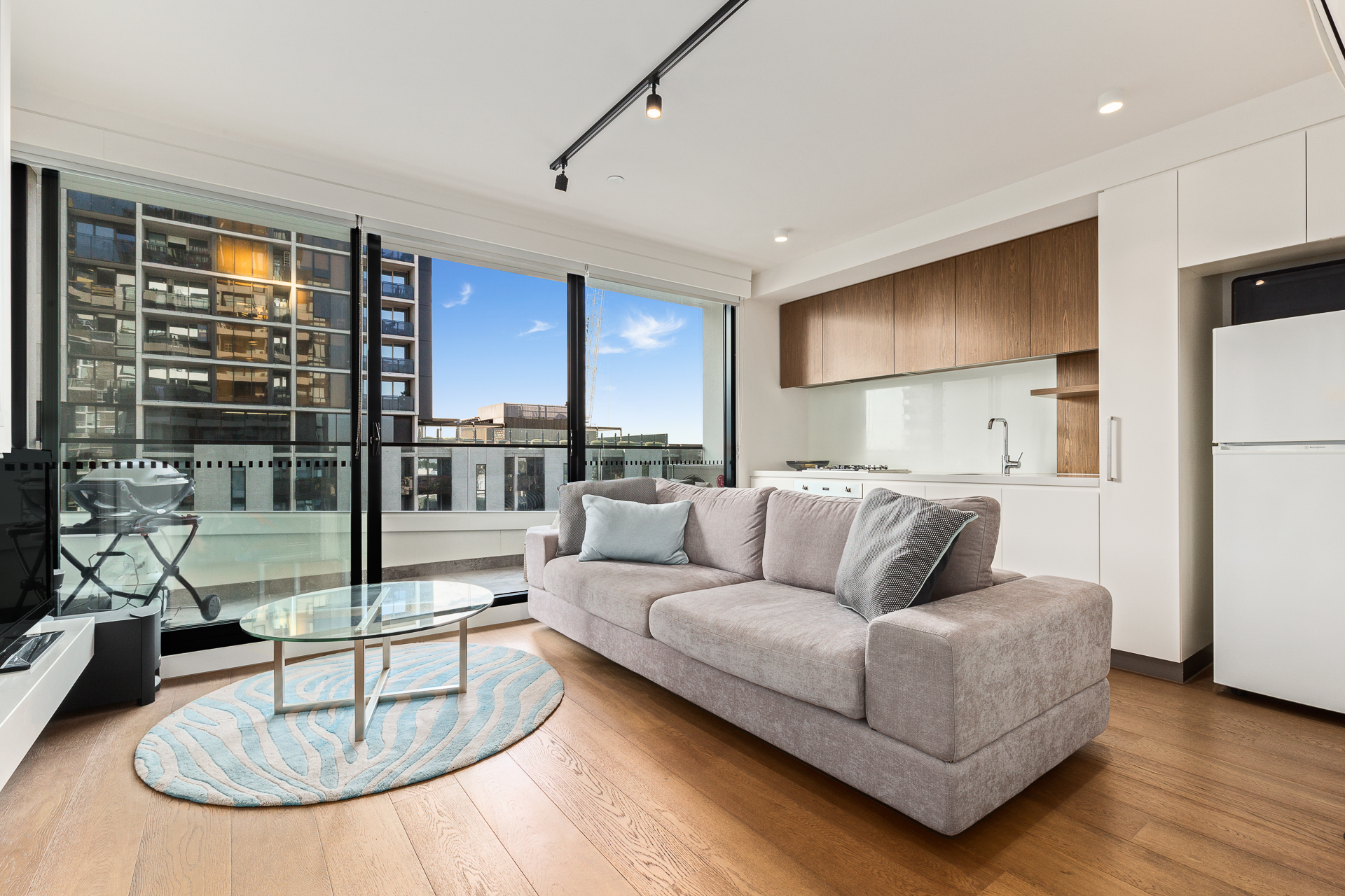 1006/2 Claremont Street SOUTH YARRA