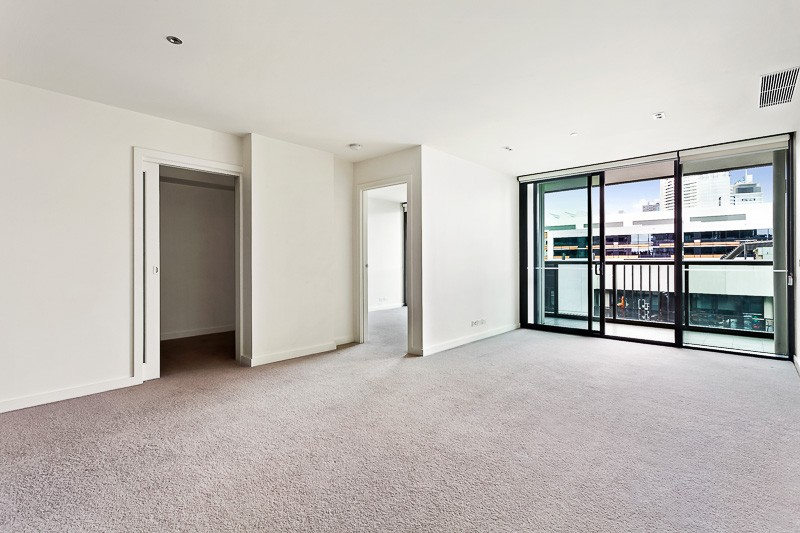 8H/8 Waterside Place DOCKLANDS