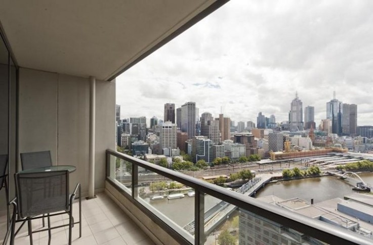 2504/1 Freshwater Place