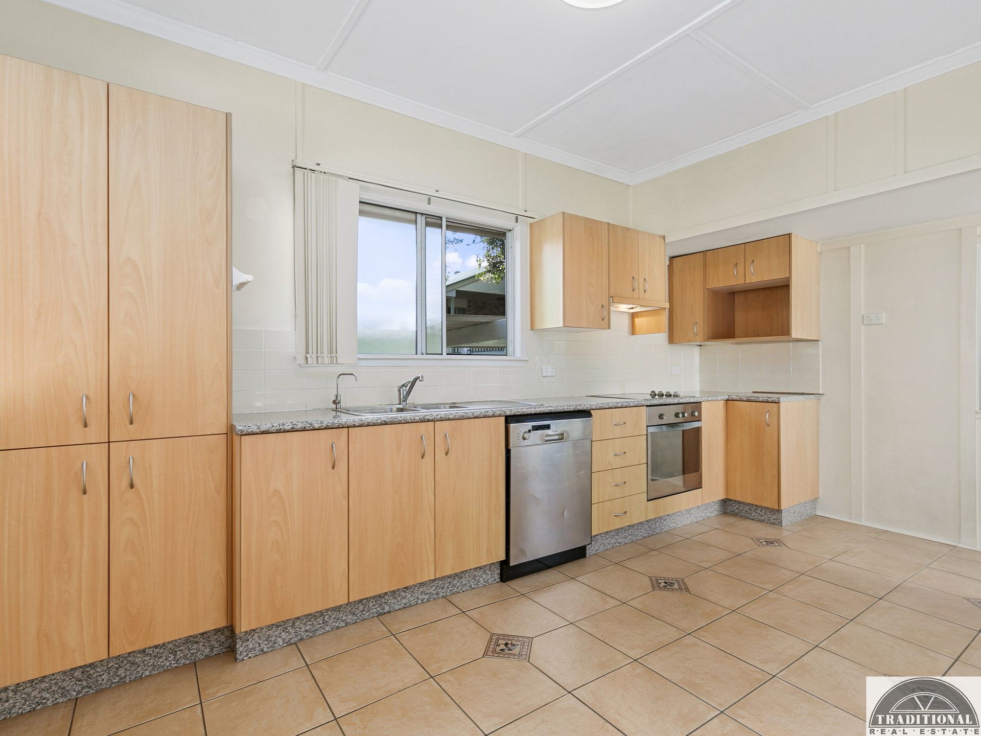 89 Blackwood Road MANLY WEST