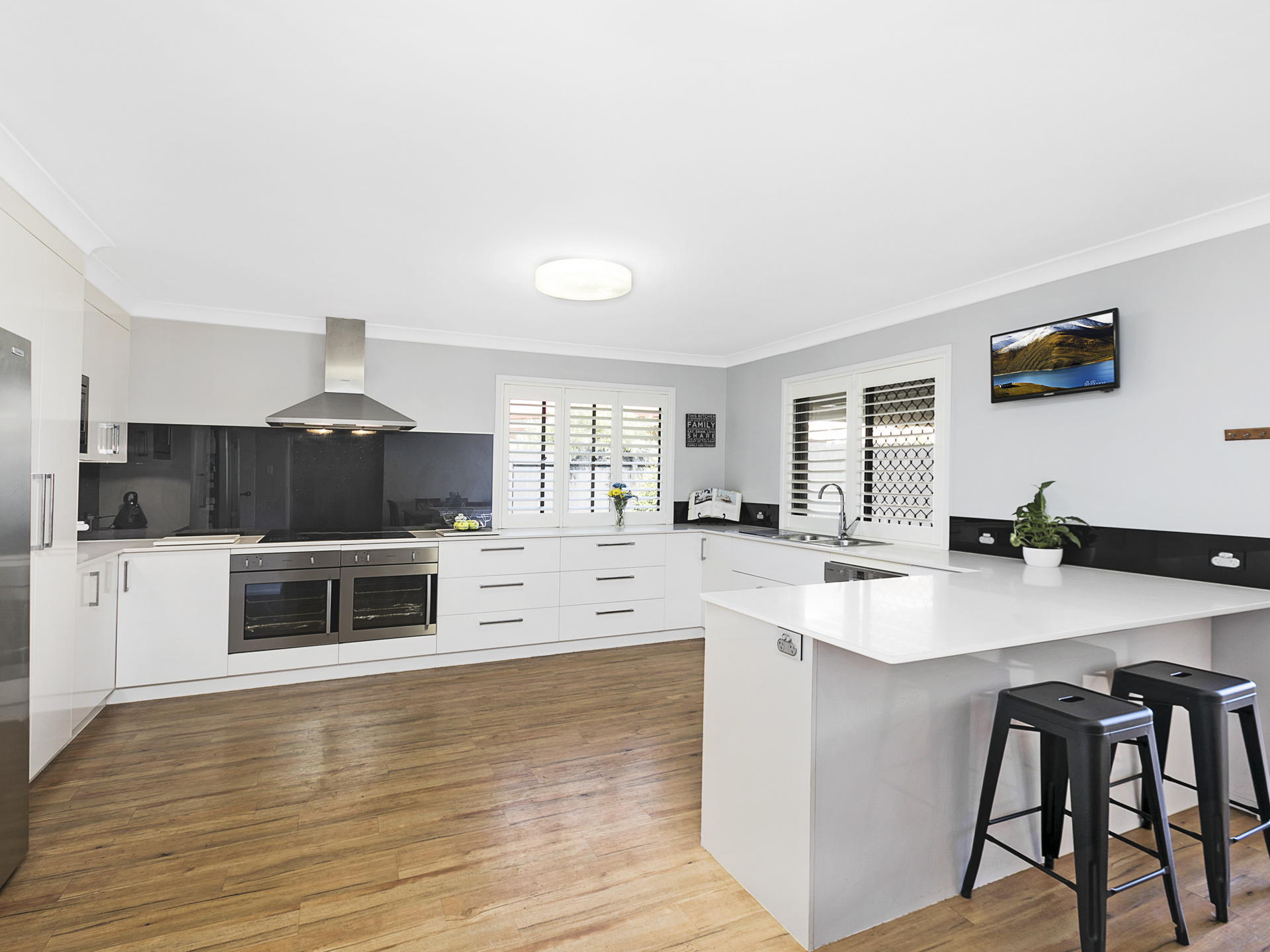 3 Bindo Place MANLY WEST