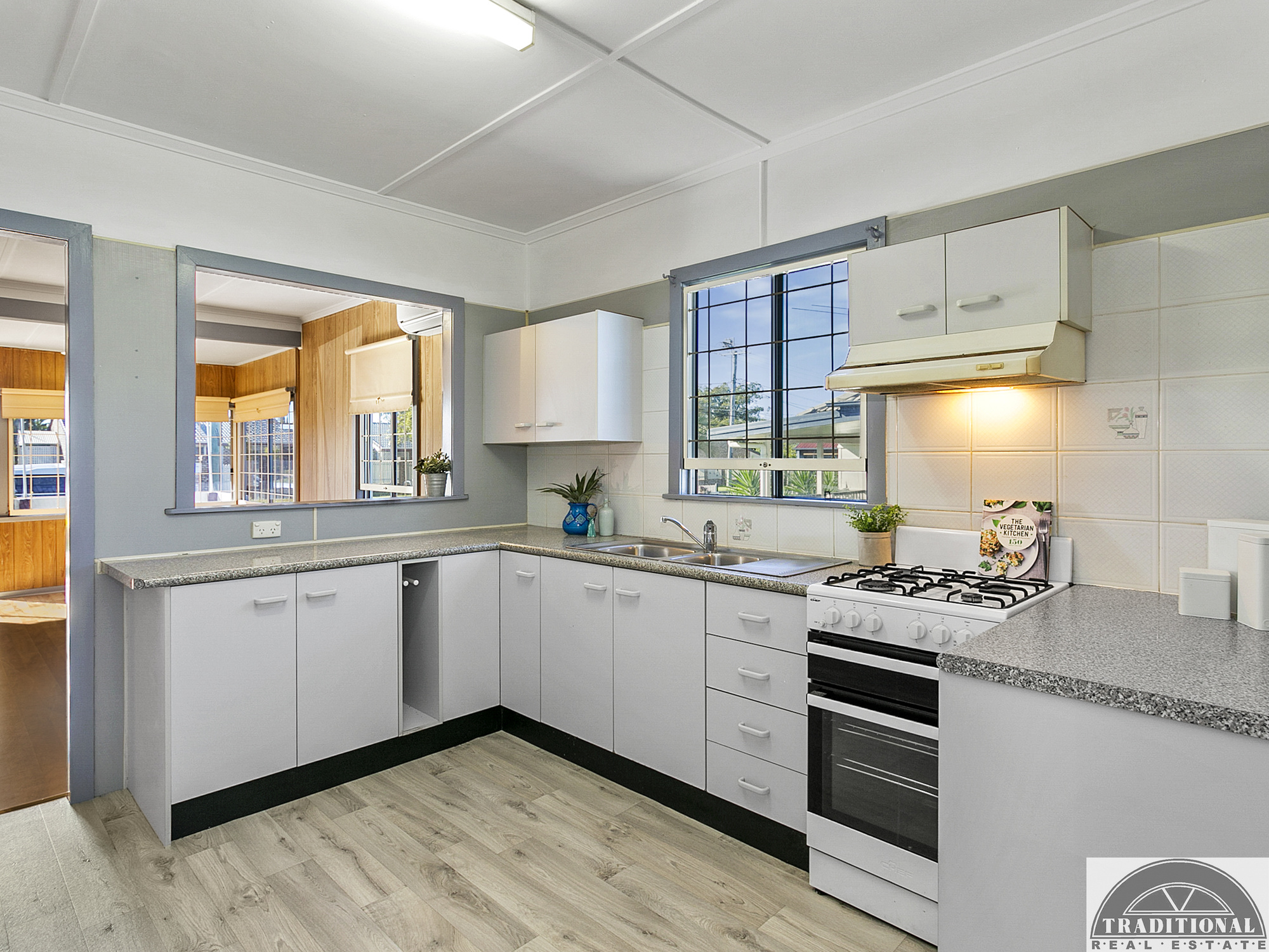 111 Whites Road MANLY WEST