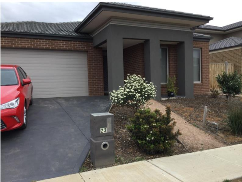 23 Selleck Drive POINT COOK