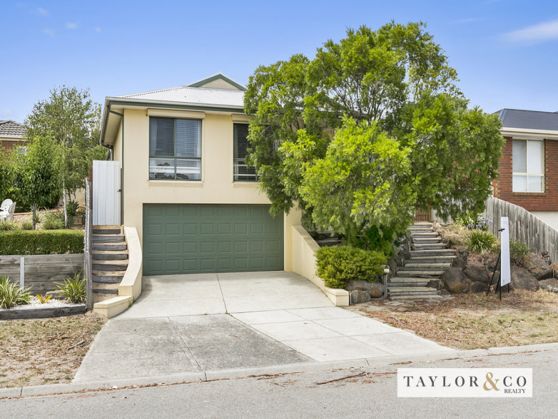 12 Blue Wren Rise CARRUM DOWNS